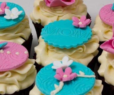 Mothers Day cupcakes, 2013